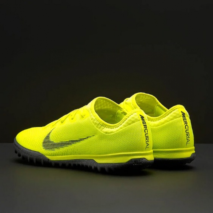 quality design 742ca 18c6d Nike Mercurial Vapor XII Pro TF AH7388-701